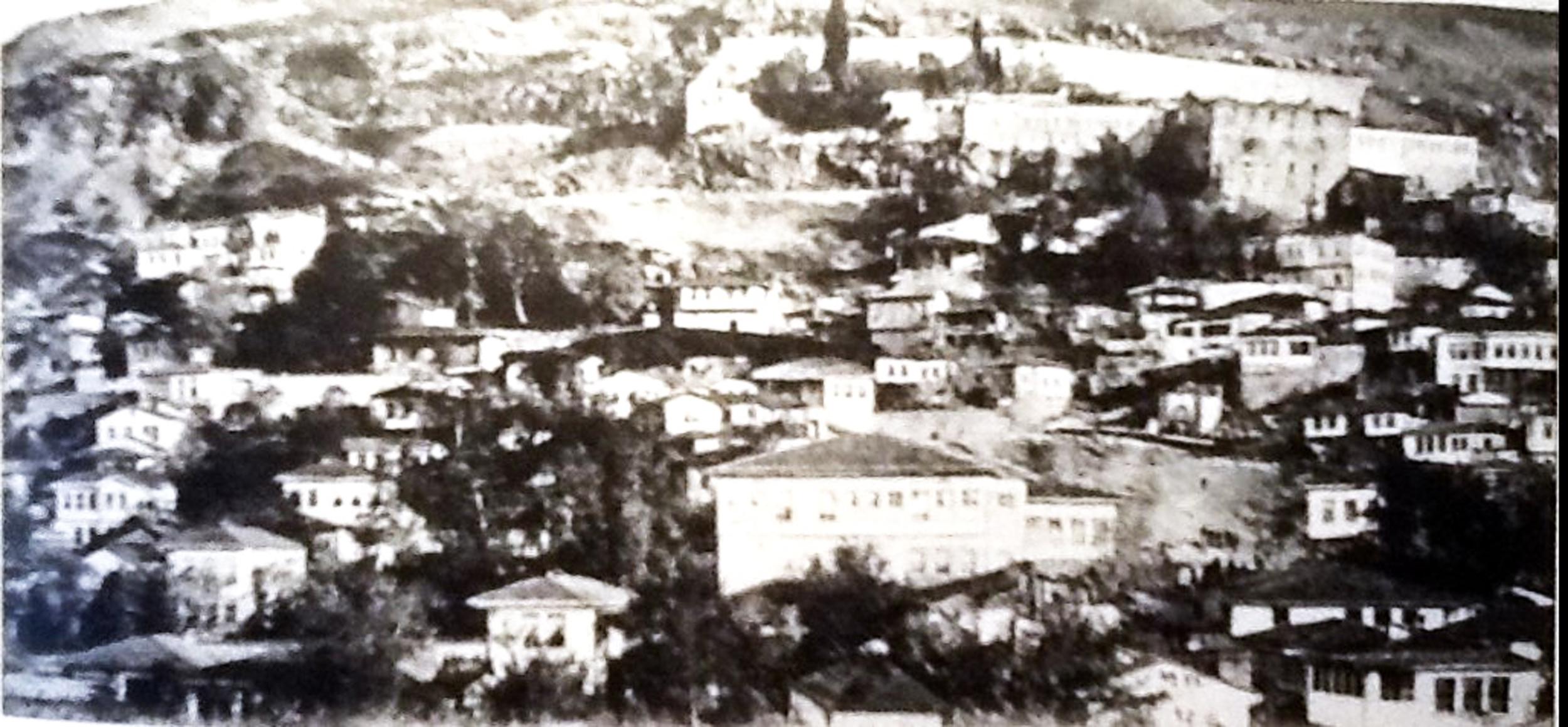 Trabzon Boztepe Hıristiyan Mahallesi genel görünüm.jpg