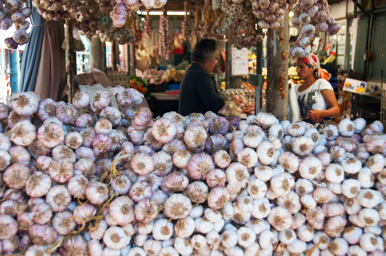 food-market-porto-portugal.png