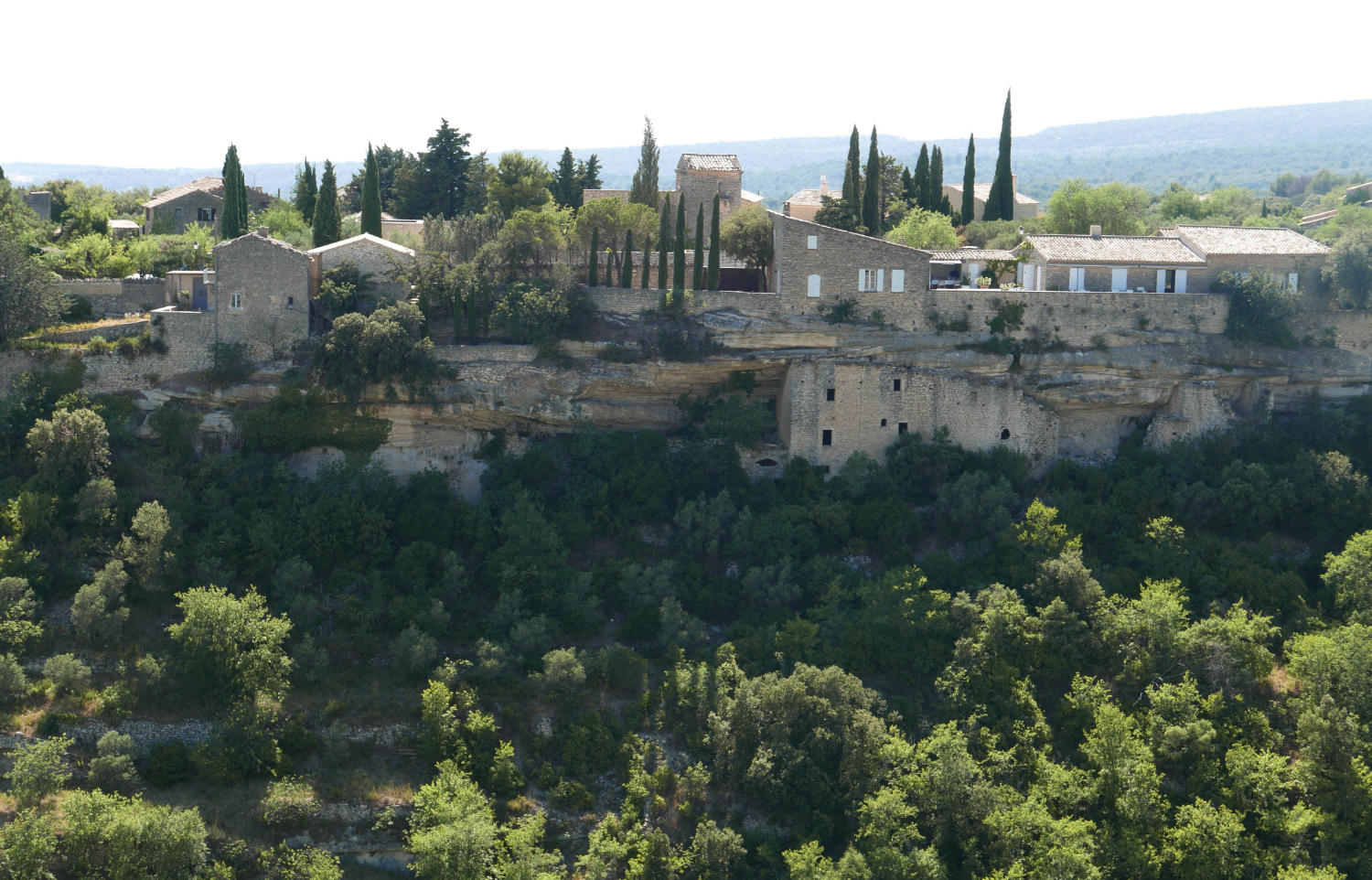 gordes-provence-south-of-france.png