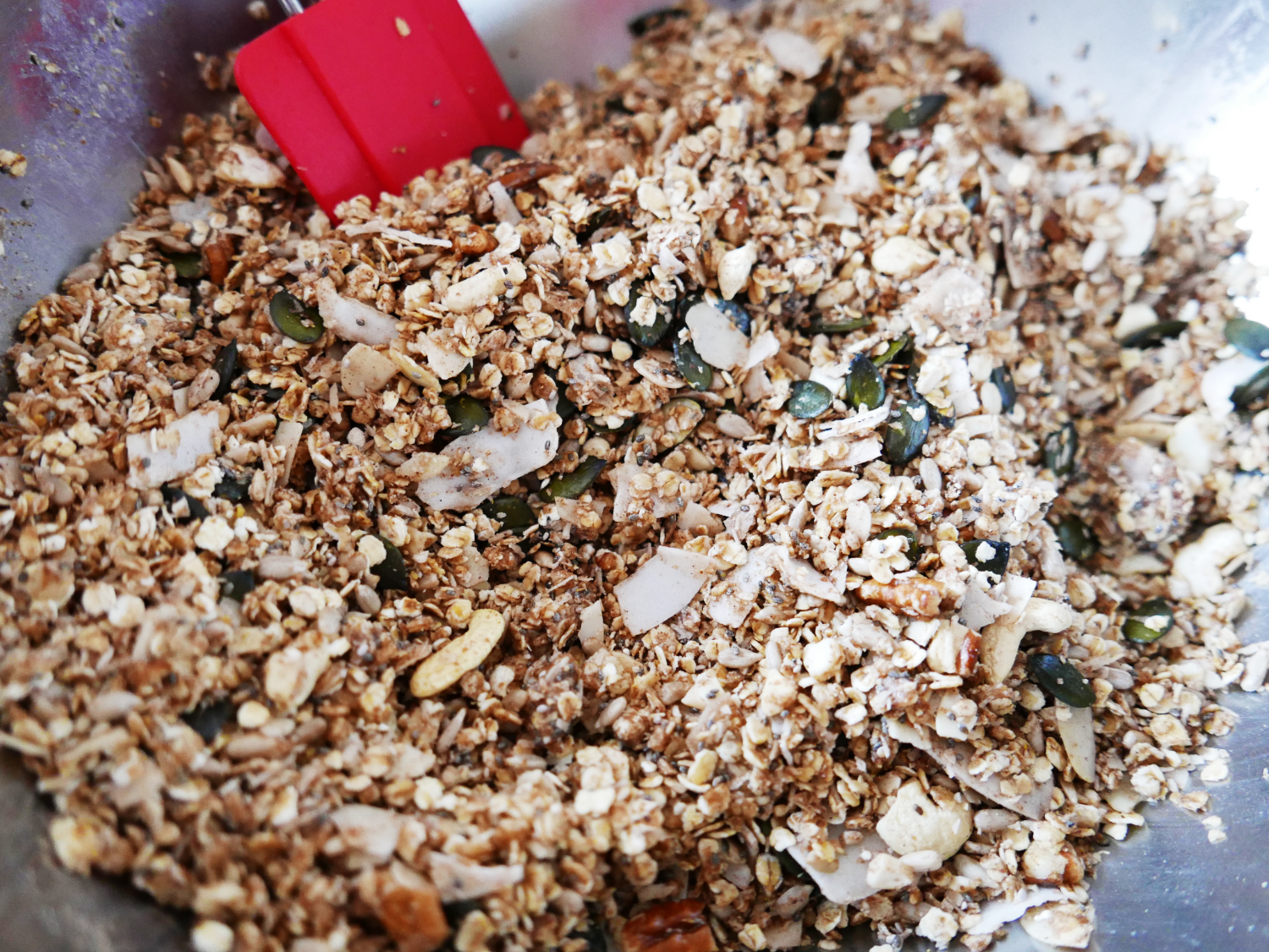 making-healthy-granola-crunch.png