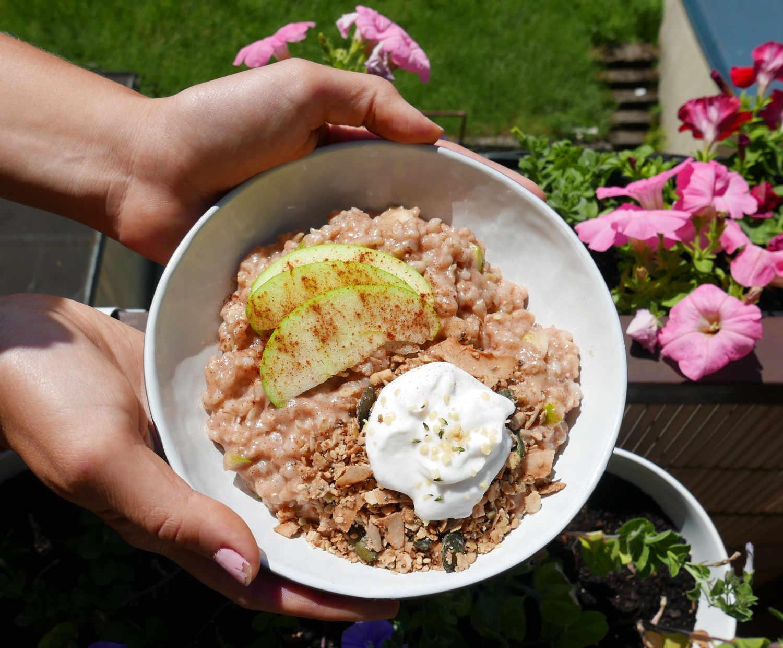 cinnamon-apple-spiced-porridge.png