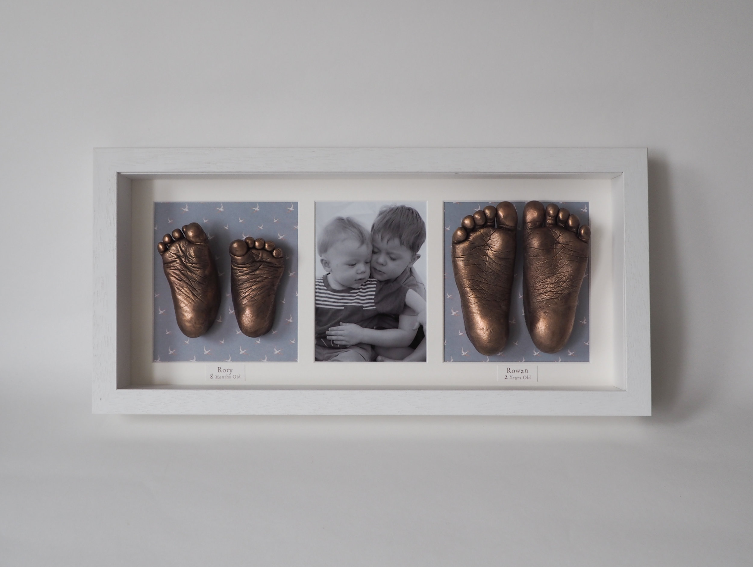 SIBLING FRAMED CASTS