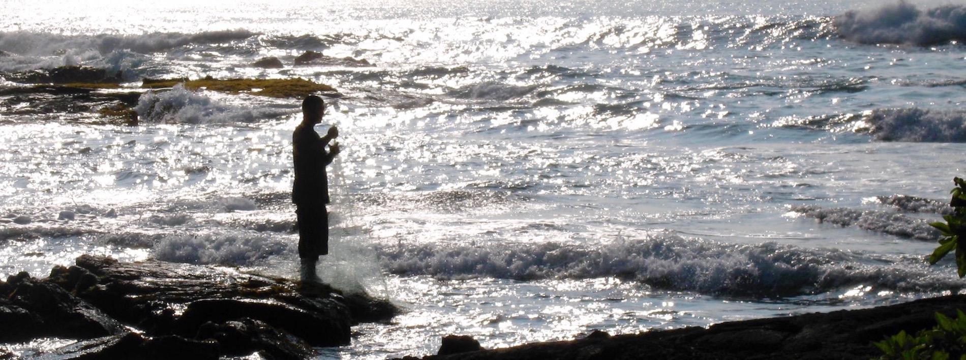 hawaiian-fisherman-net.jpg