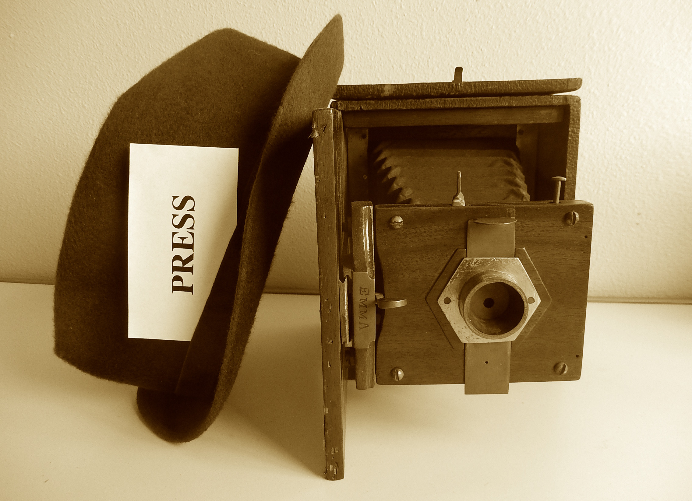 vintage camera-press hat.jpg