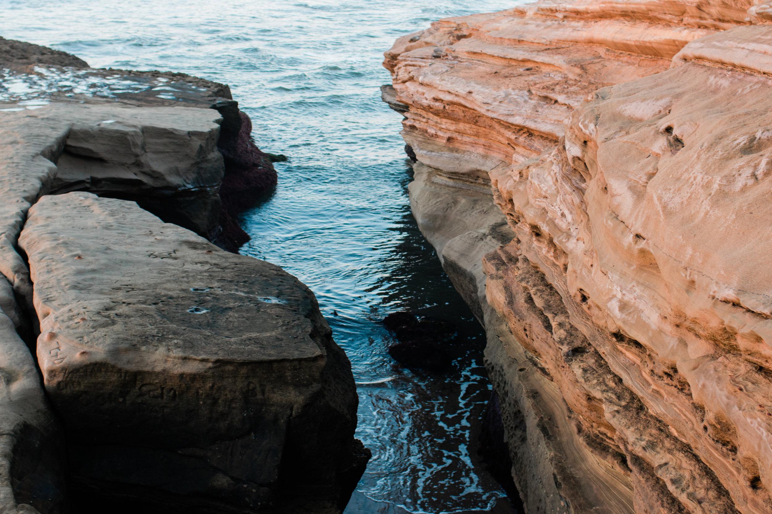 Siri_Elena_Sunset_Cliffs_Crag.jpg