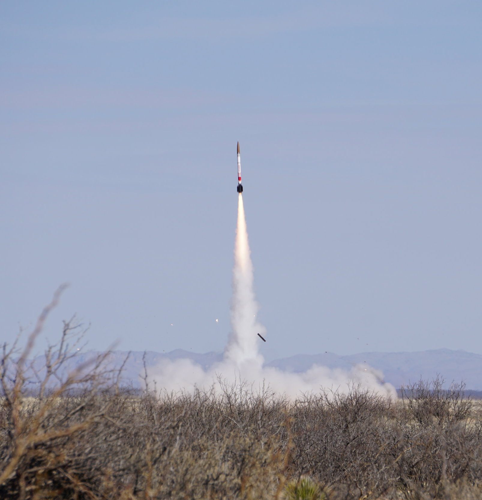 Fathom II takes off from the launch rail on March 4, 2017. Look for the cameo from RPL's most-used piece of GSE.