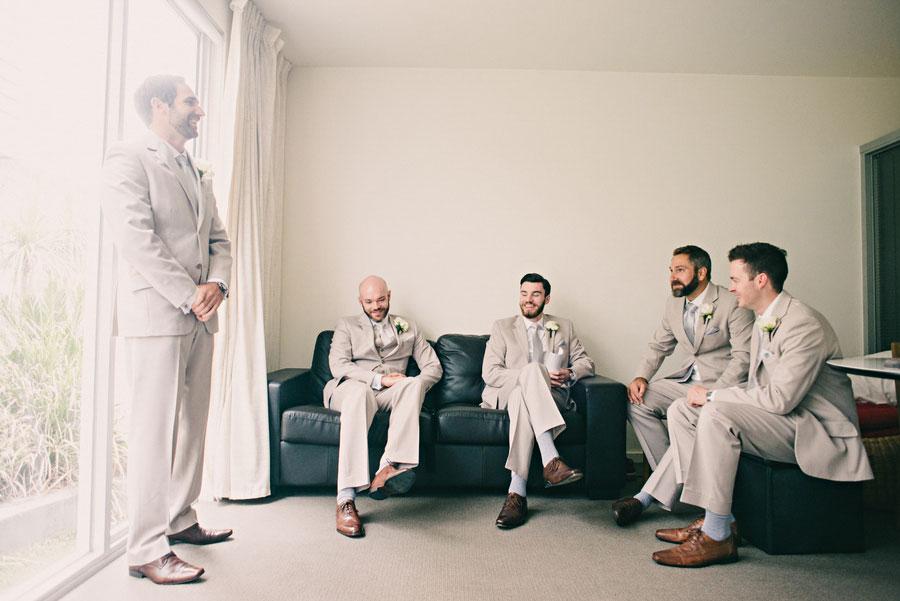 wedding-photography-sandringham-yacht-club-011.jpg