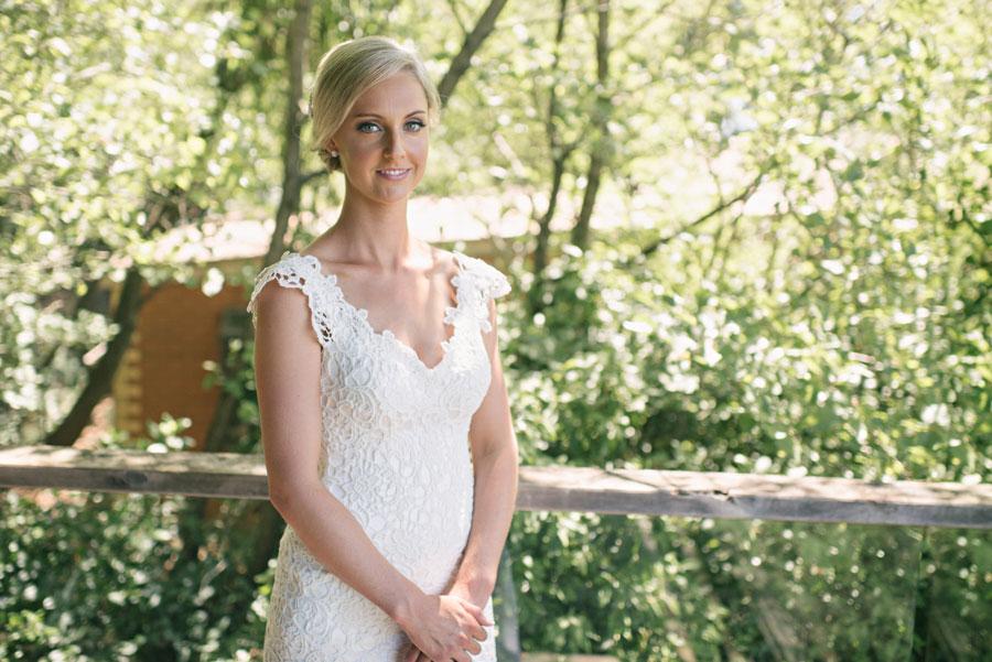 wedding-the-convent-dayelsford-victoria-louise-giles-031.jpg