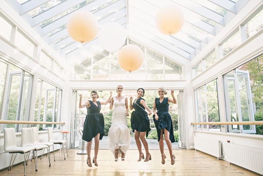wedding-the-convent-dayelsford-victoria-louise-giles-058.jpg
