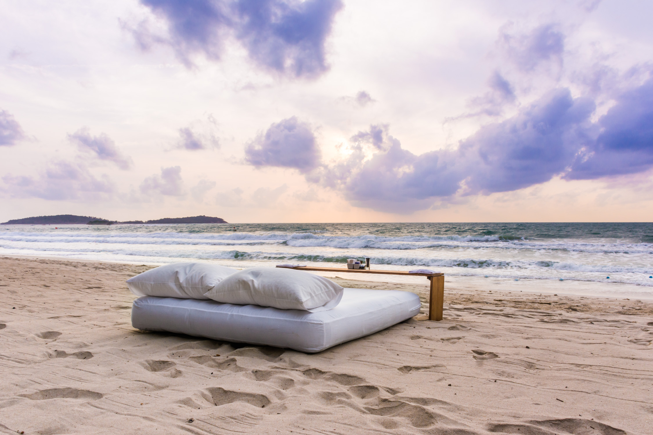 """Sunrise """"Breakfast in Bed"""" at The Library, Koh Samui"""