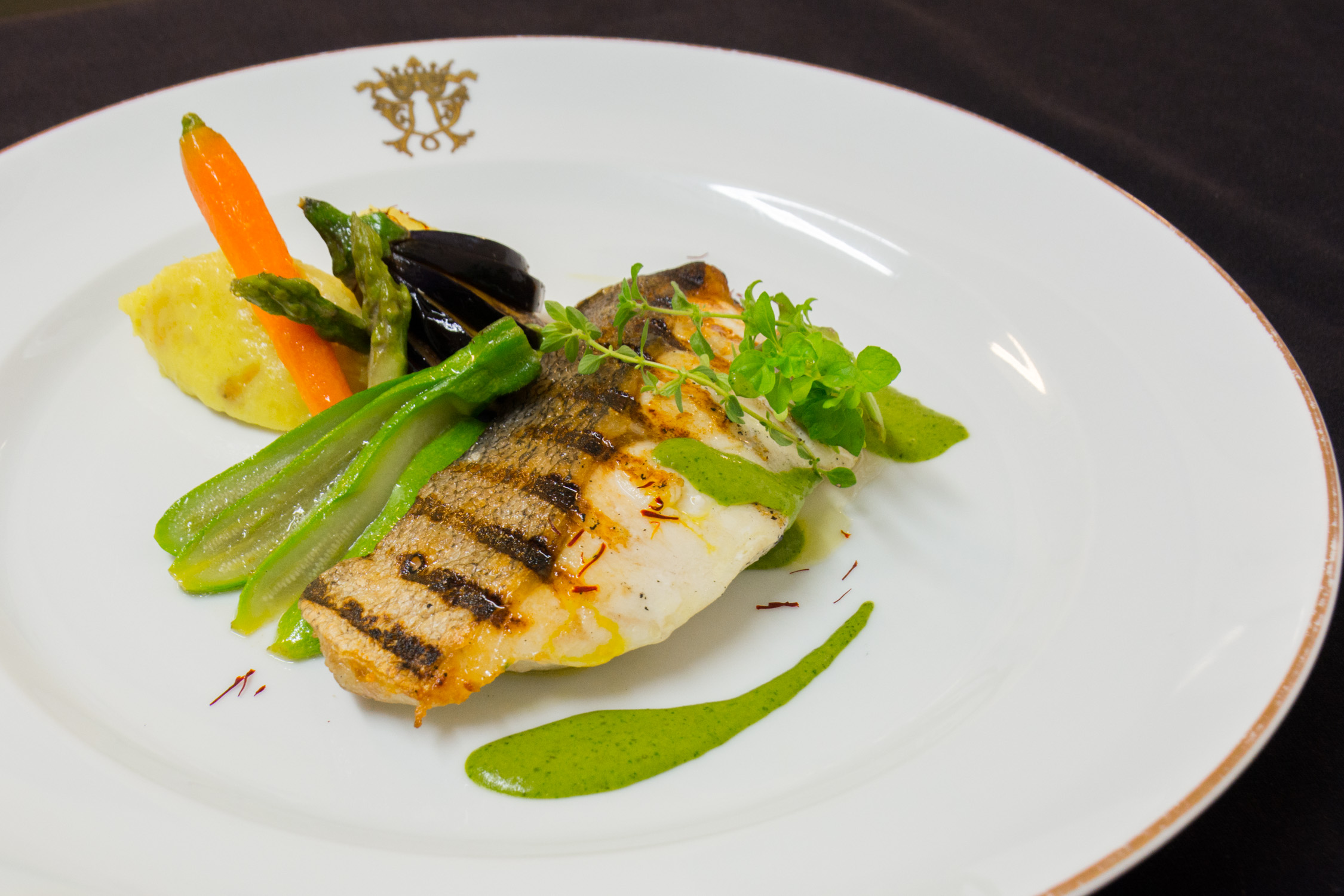 Perfectly cooked fresh fish from Valle Flôr