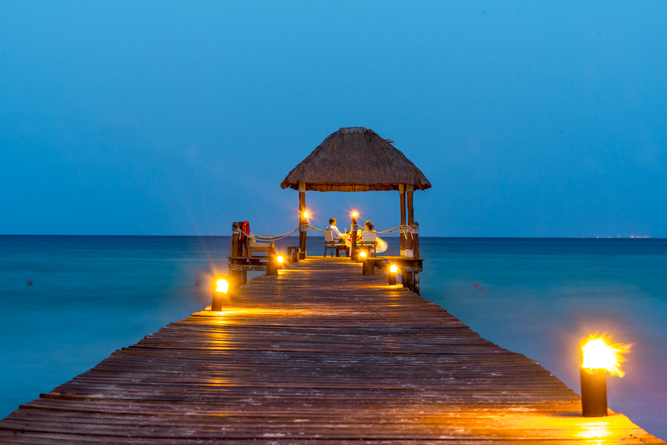 Romantic private dinners are an option at the Viceroy, Riviera Maya