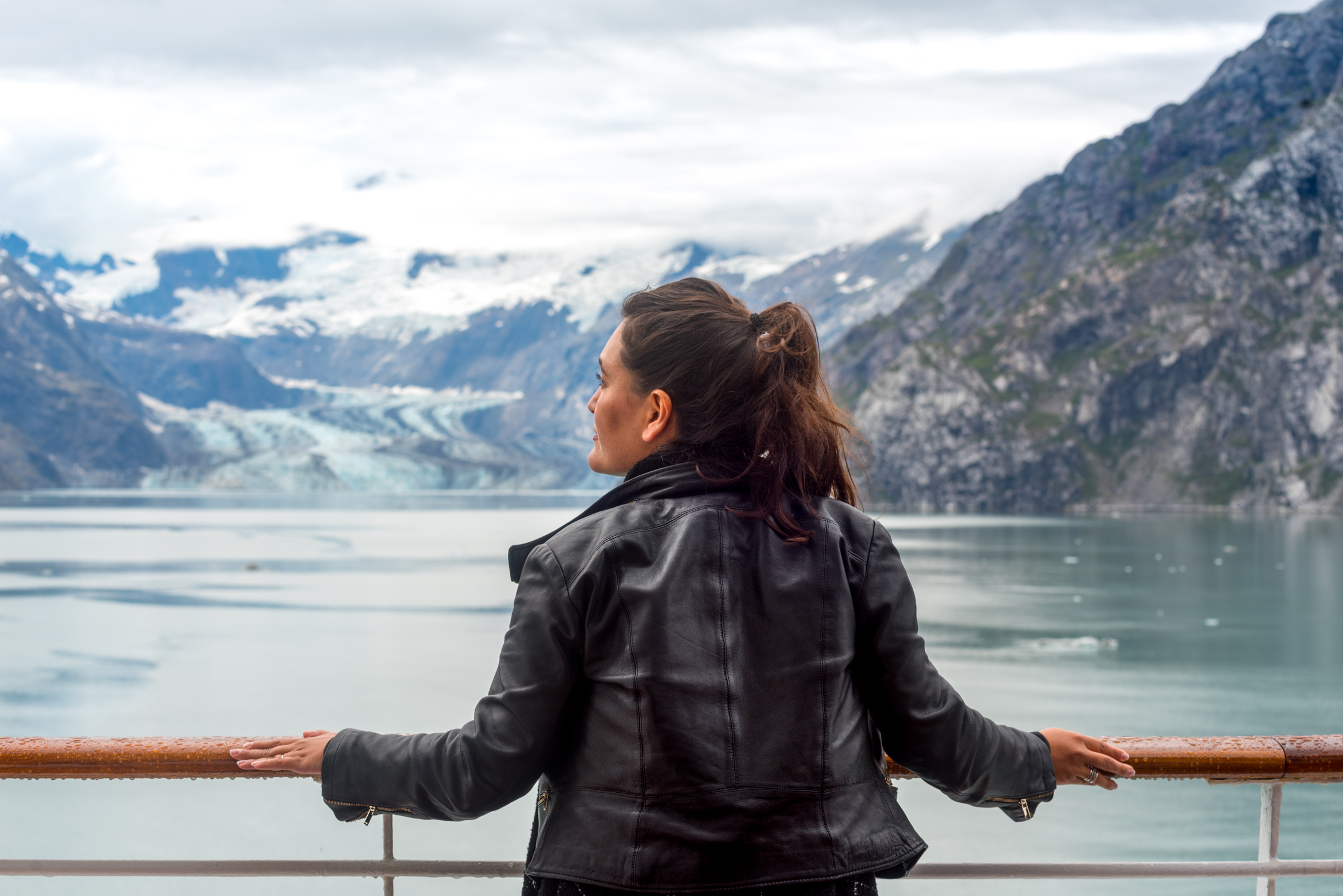 Cruising by Hubbard Glacier