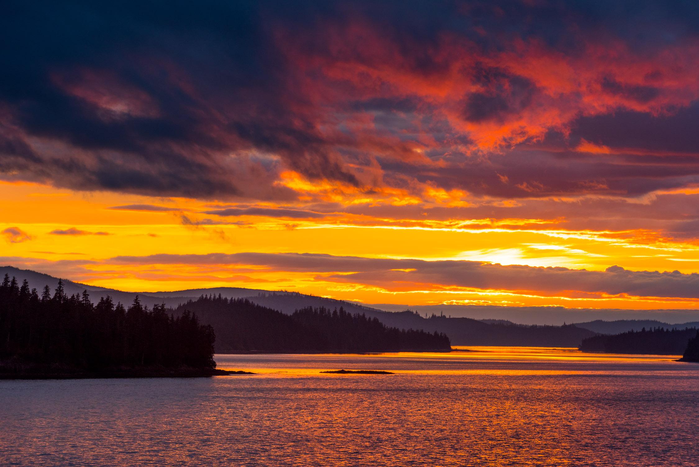 Alaska has some pretty amazing sunsets!