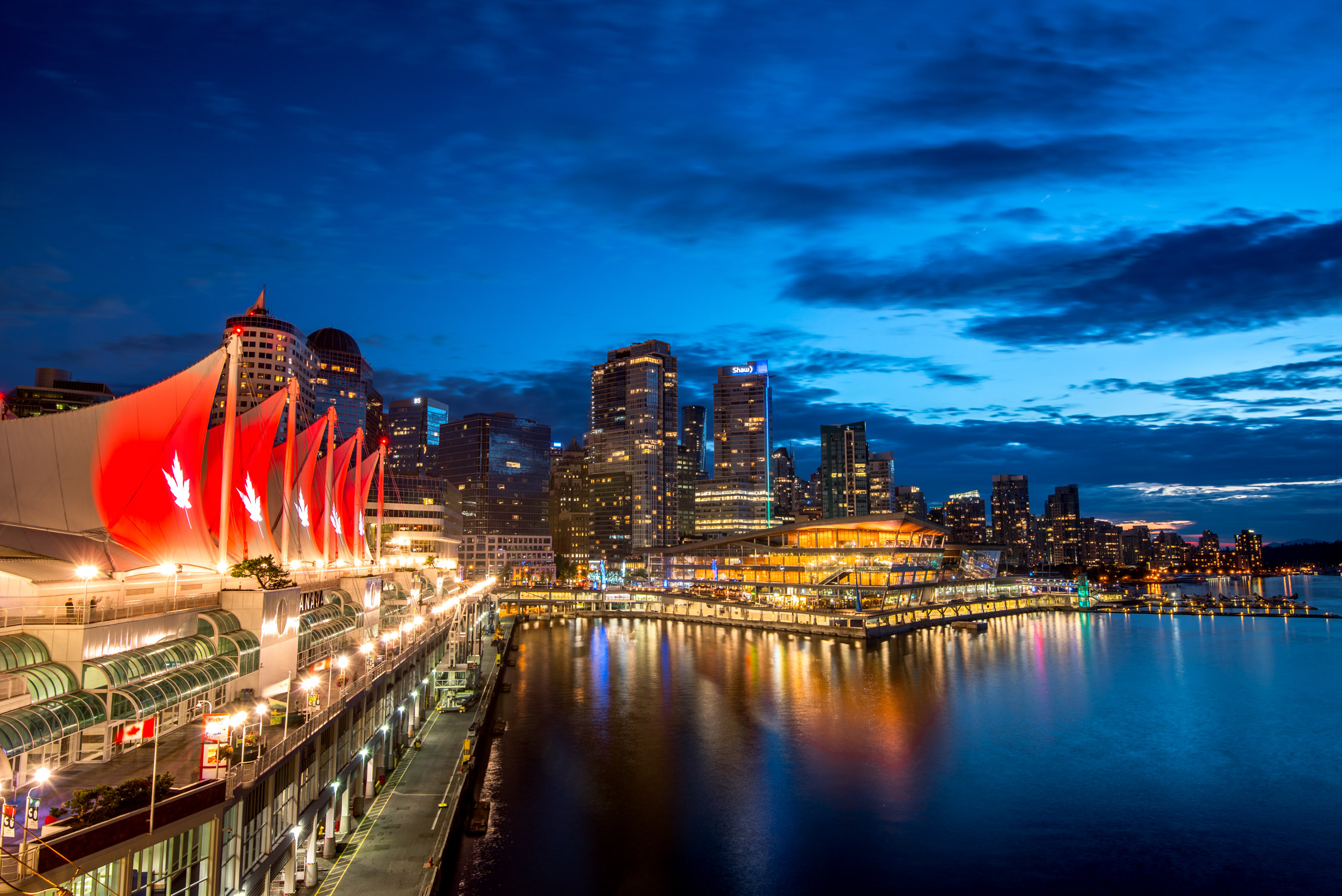The Fairmont Waterfront is situated next to Vancouver Harbour