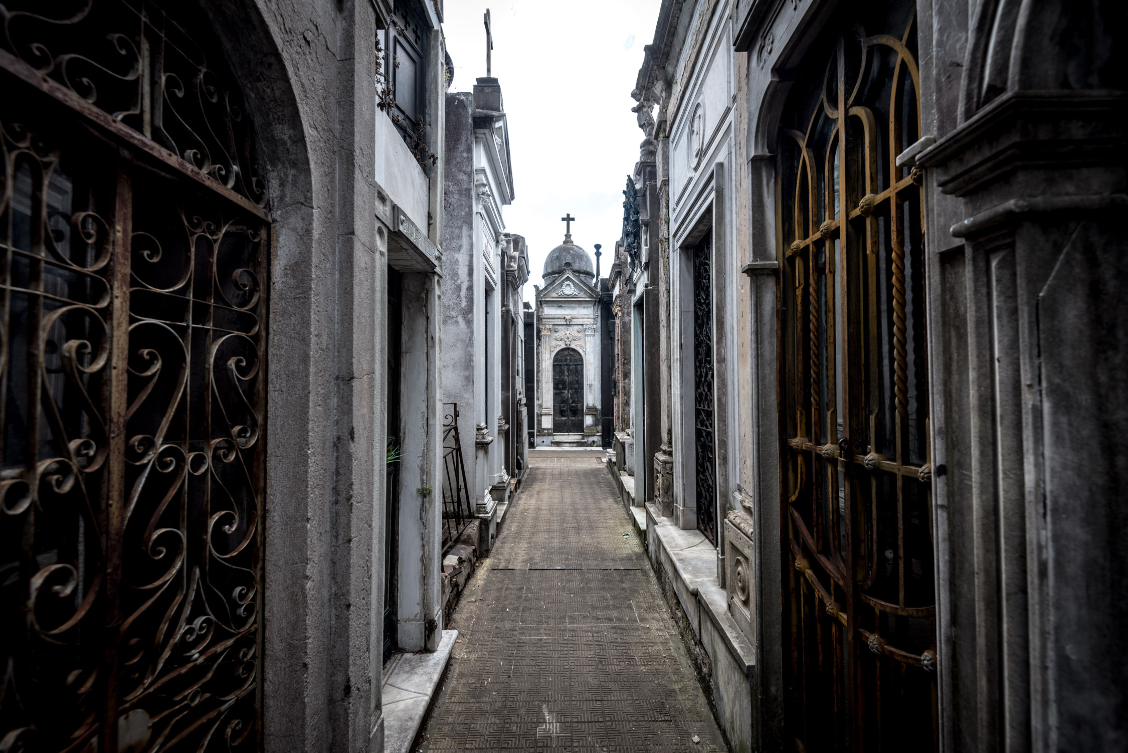 The famous Recoleta Cemetery is just a 5 minute walk from Mio Hotel
