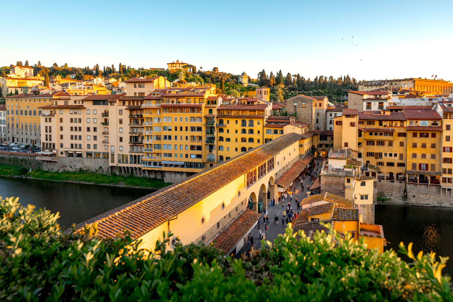 Continentale A Boutique Hotel Overlooking The Arno River In
