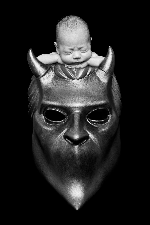 Jeg måtte bare ha et Nameless Ghoul nyfødtbilde av Grim.
