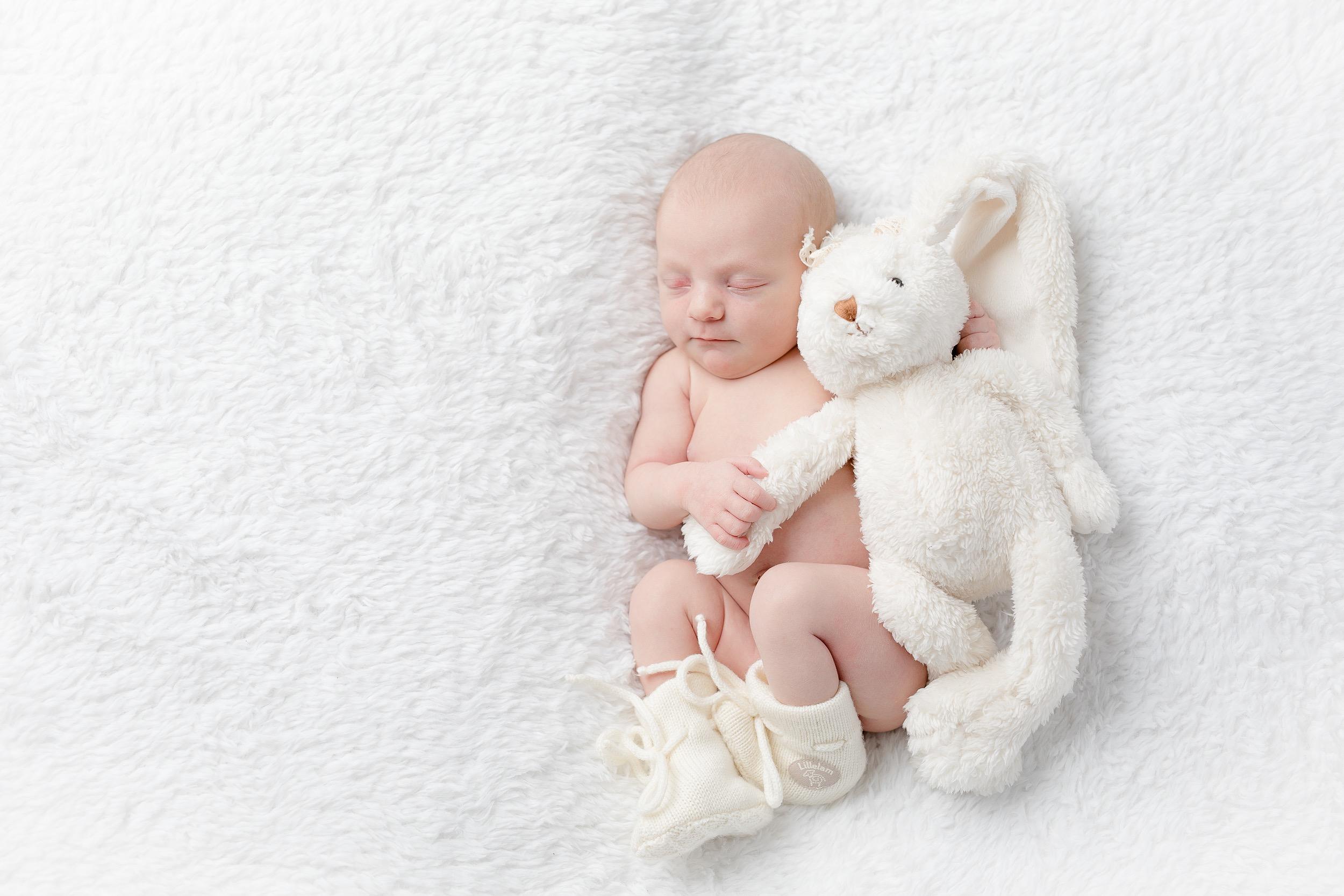 nyfødt-nyfødtfotograf-nyfødtfotografering-fotograf-studiohodne-hodne--8.jpg