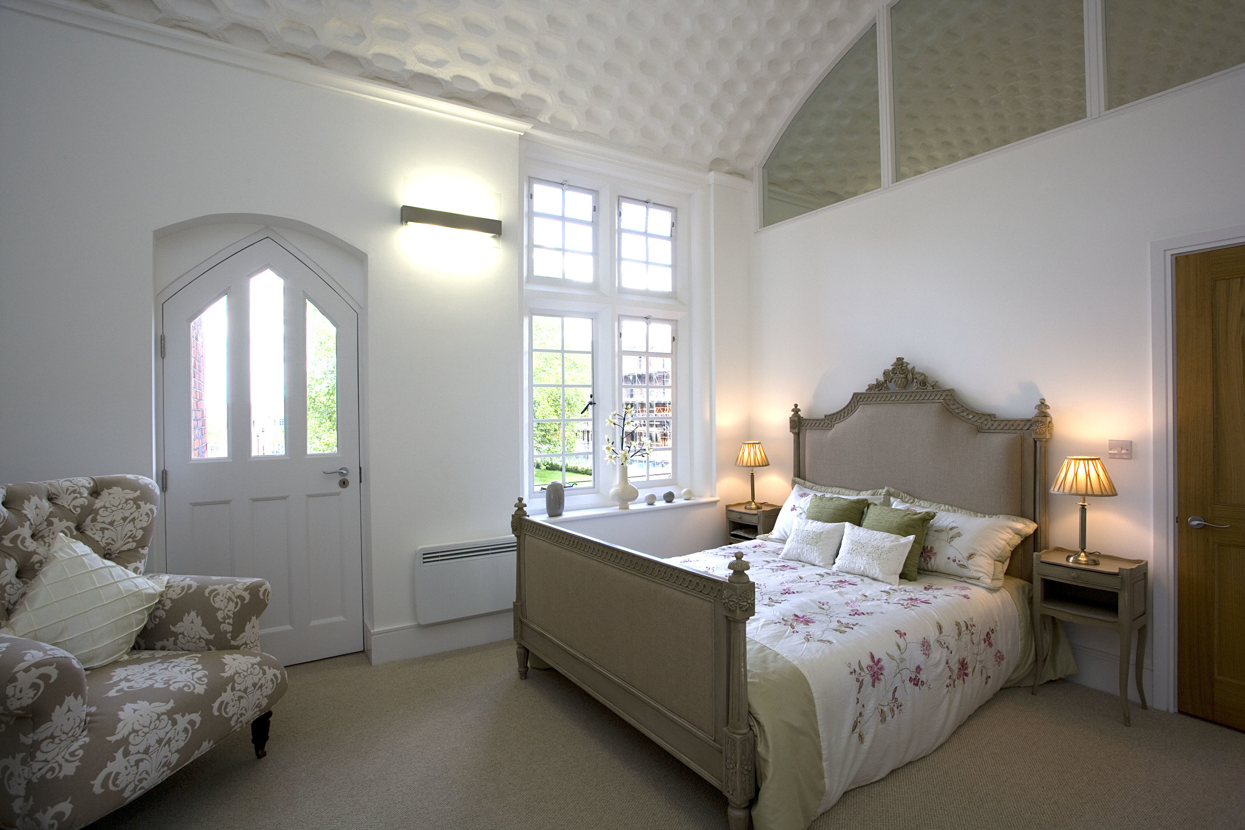 bedroom with glazed partition.jpg