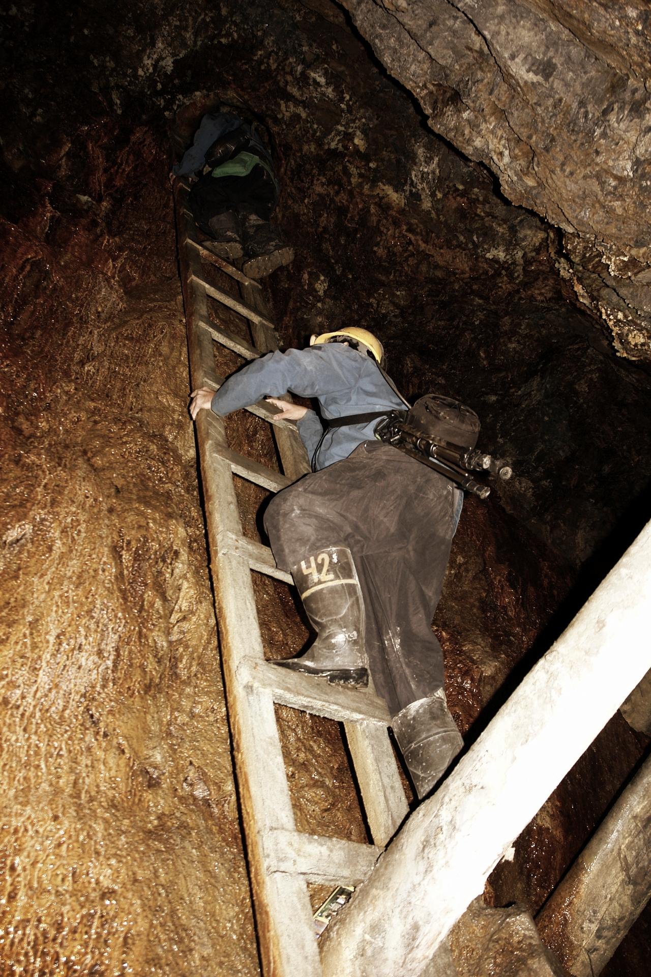 mining-782645_1920.jpg