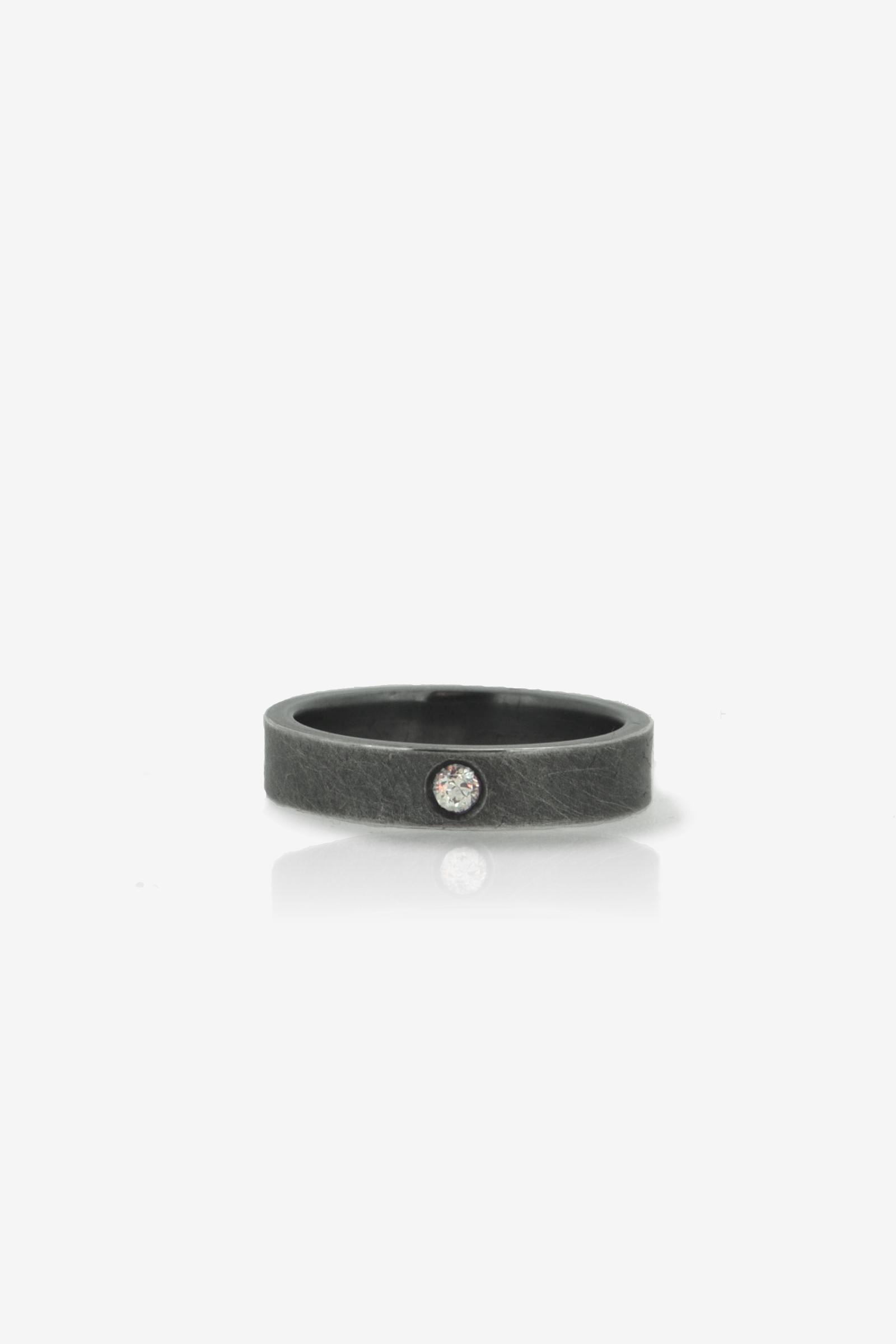 Narrow ring .jpg