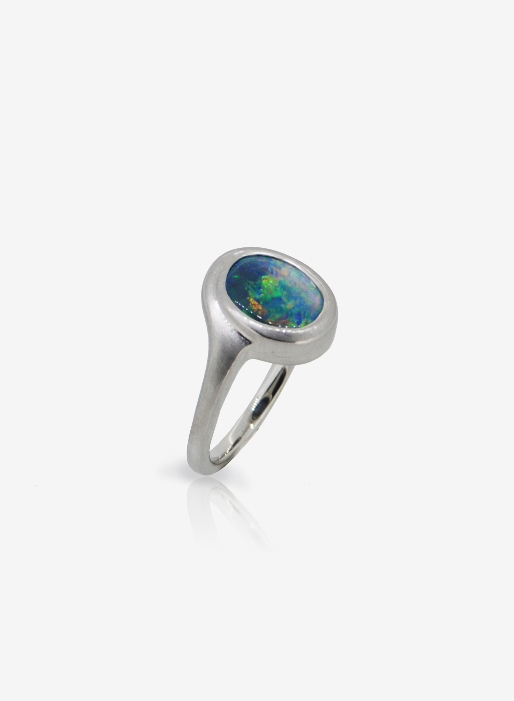 Black Opal recycled platinum ring