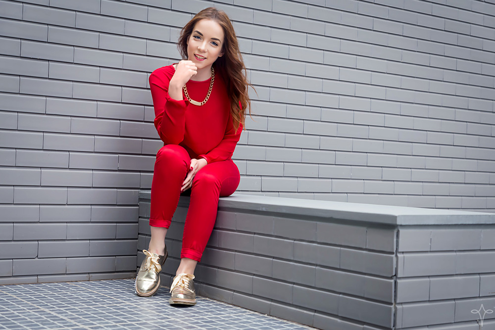 silver_girls_girl_in_red_9.jpg