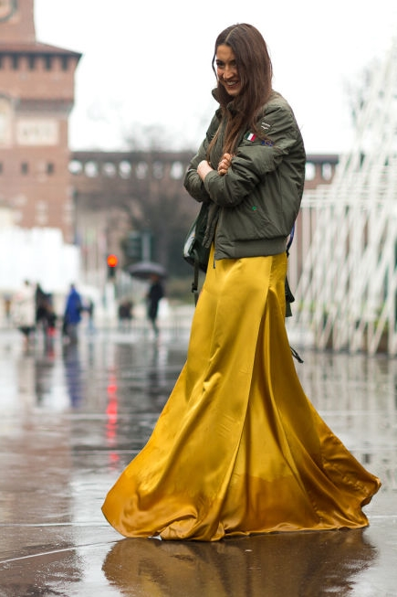 yellow-street-style-mfw-2016-day4-16.jpg