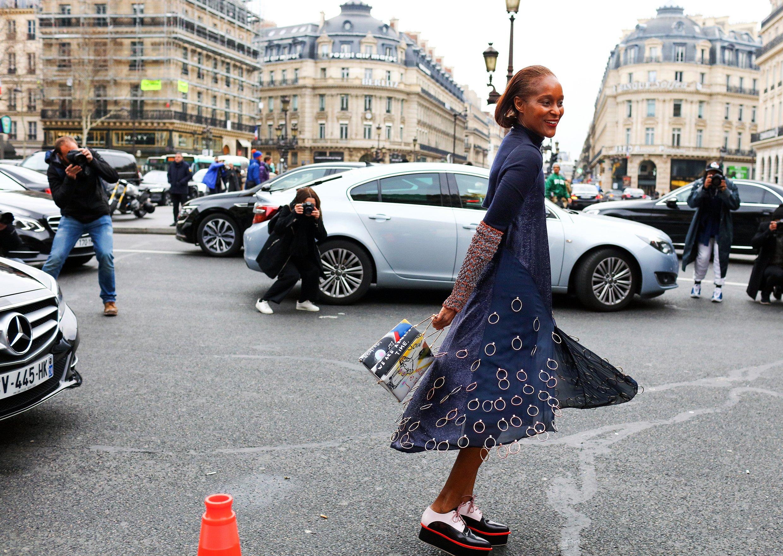 04-phil-oh-street-style-paris-fall-2016-rtw.jpg