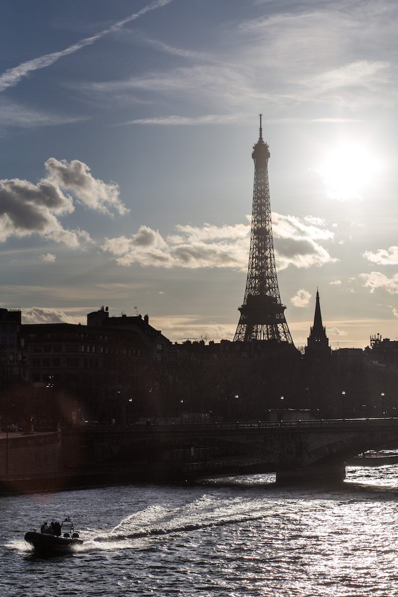 silver_girl_a_day_in_paris_025.jpg