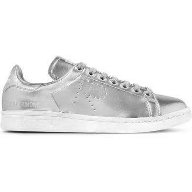 silver_girl_metallic_sneakers_2.jpg