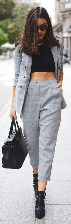 d78a0b0fdc26899fbaafe6ff9cbb7848--grey-suits-street-style-fashion.jpg
