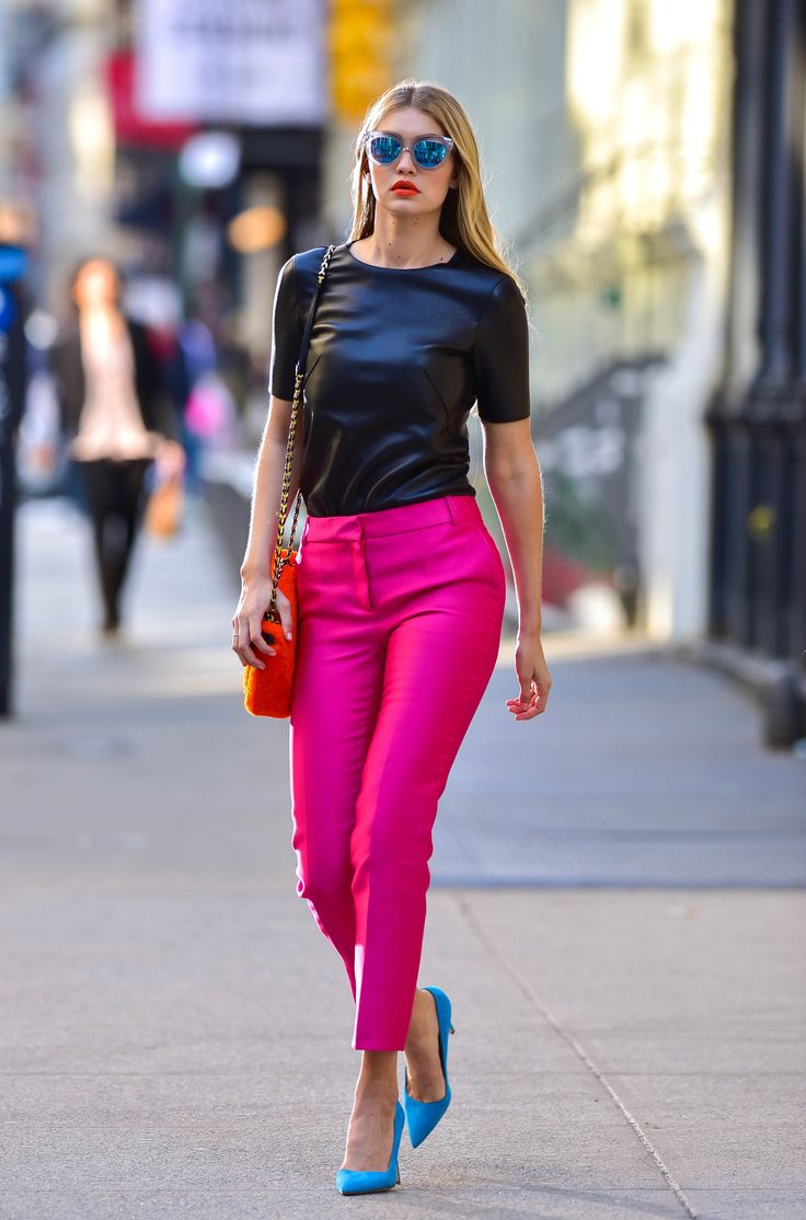 a6cc75bee4429ac842b9a6b6d0728636--pink-trousers-outfit-bright-pink-pumps-outfit.jpg