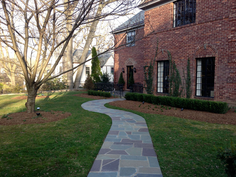 Brick-and-Boxwood-Garden-Wall-Before-1.jpg