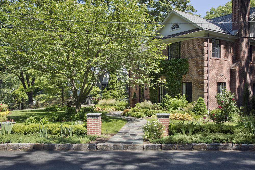 1-brick-boxwood-garden-year5.jpg
