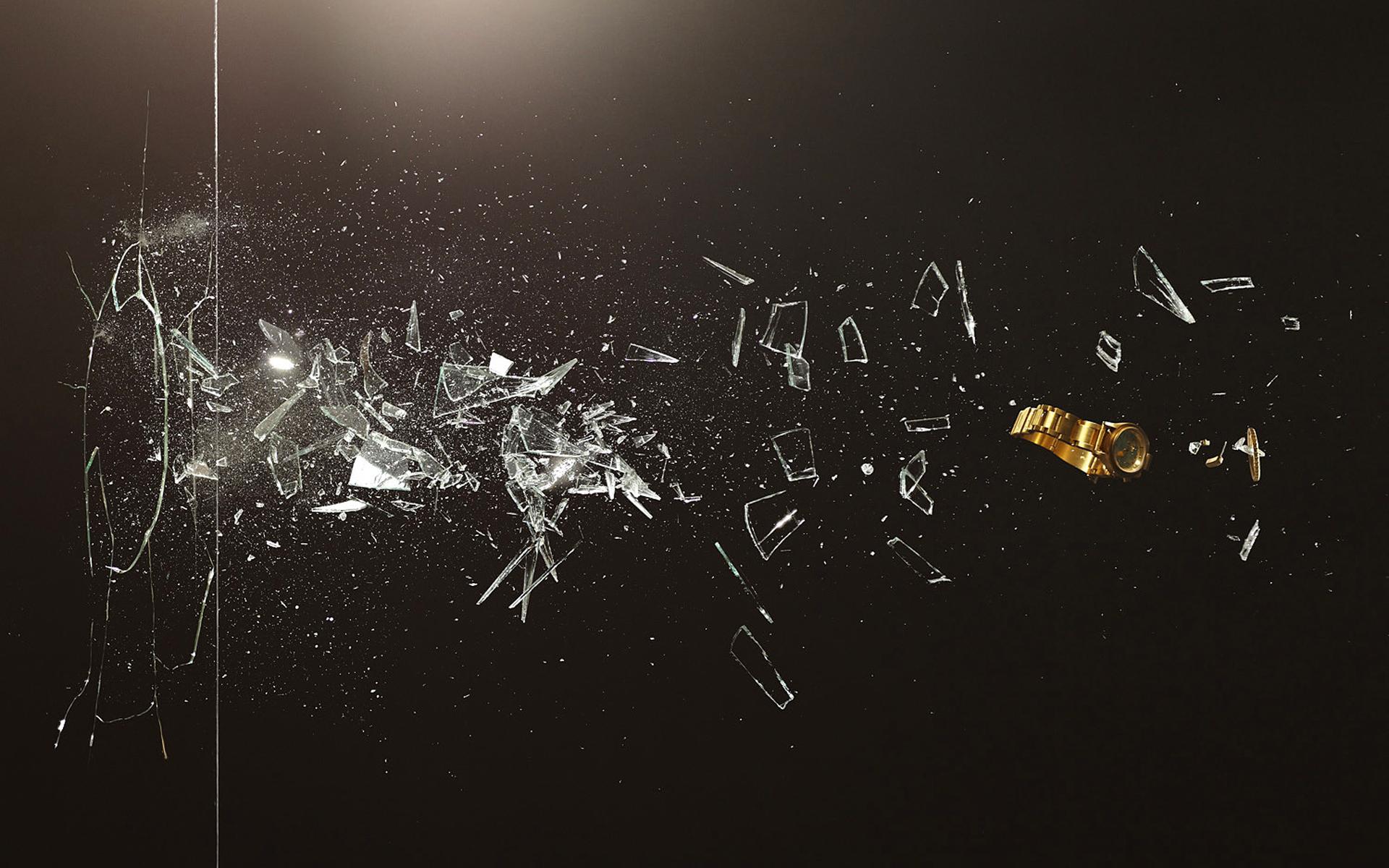 3d-broken-glass.jpg