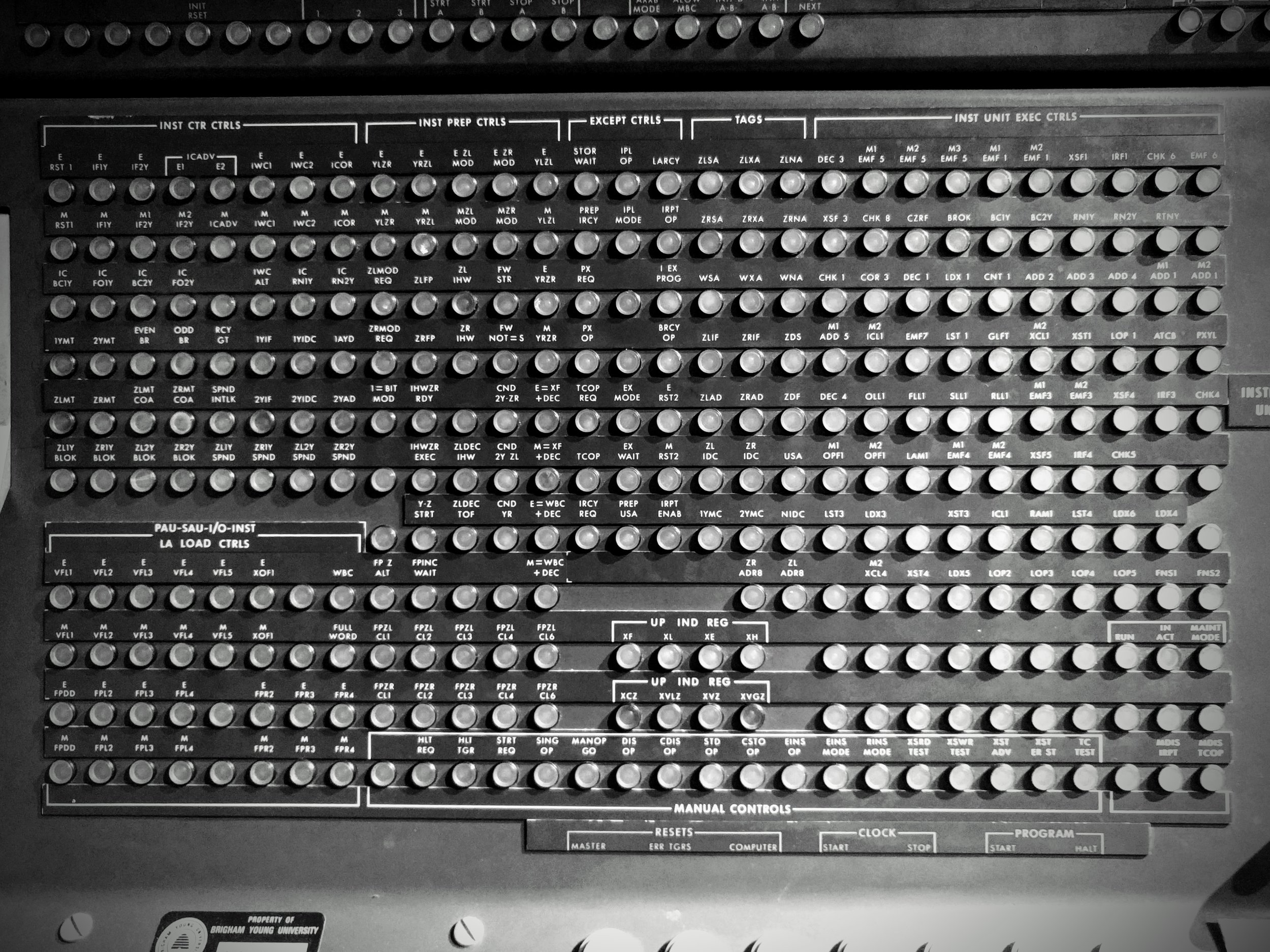 You can't beat the aesthetic of early computers.
