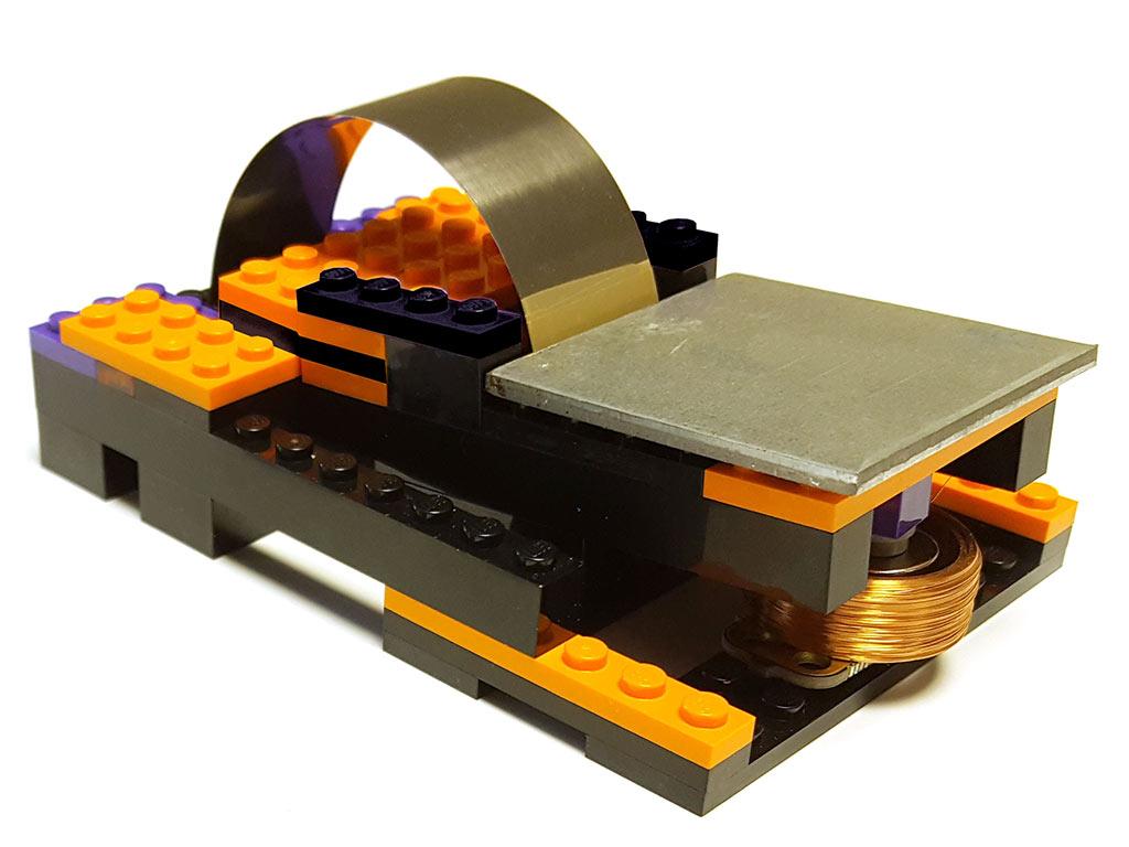 Lego_seismometer.jpg