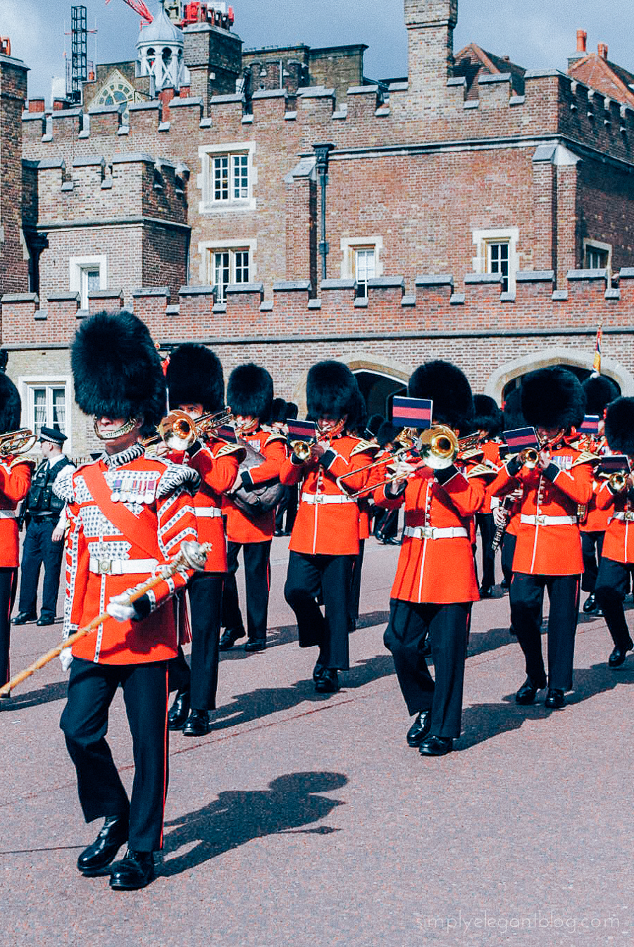 Simply Elegant / London Vacation Photographs - Changing Guards