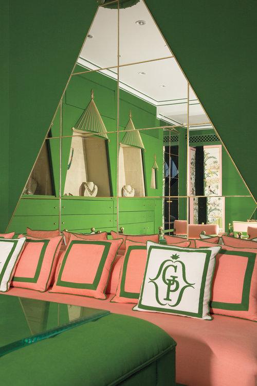 inside+india-jewelry-shop-gem-palace-siddharth-kasliwal-flagship-Marie-Anne+Oudejans-Colaba-dhanraj-mahal-mumbai+mirrors+Surface+Magazine.jpg