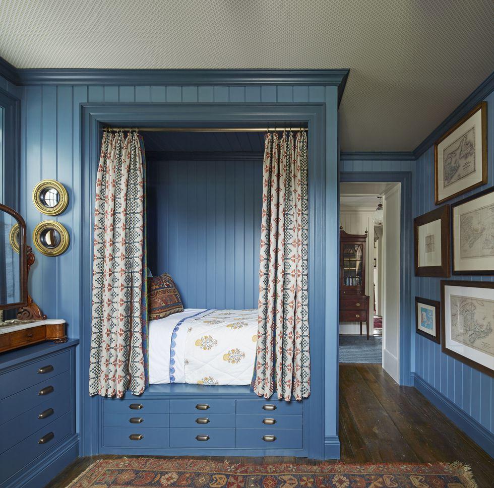 philip-mitchell-blue-bedroom-nova-scotia-veranda-1560270989.jpg