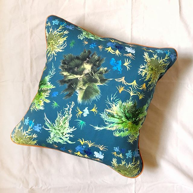 Palm Frond throw pillows are here in 3 different colors! Here's the Blue version of this new pattern with orange piping in a 15inch pillow. My new throw pillow collection comes out for sale on my website on September 15. More to come soon! #handmadethrowpillows