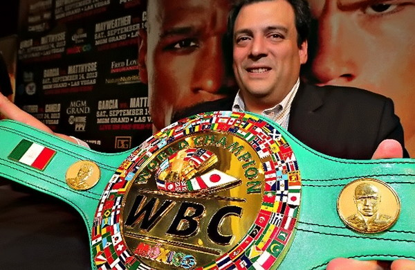 WBC president Mauricio Sulaiman stated Danny Garcia must face his mandatory challenger Amir Khan by June.