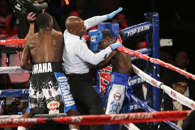 The fight was stopped in the fifth round after Crawford hurt Lundy badly. Photo credit: ALex Menendez/Getty Images