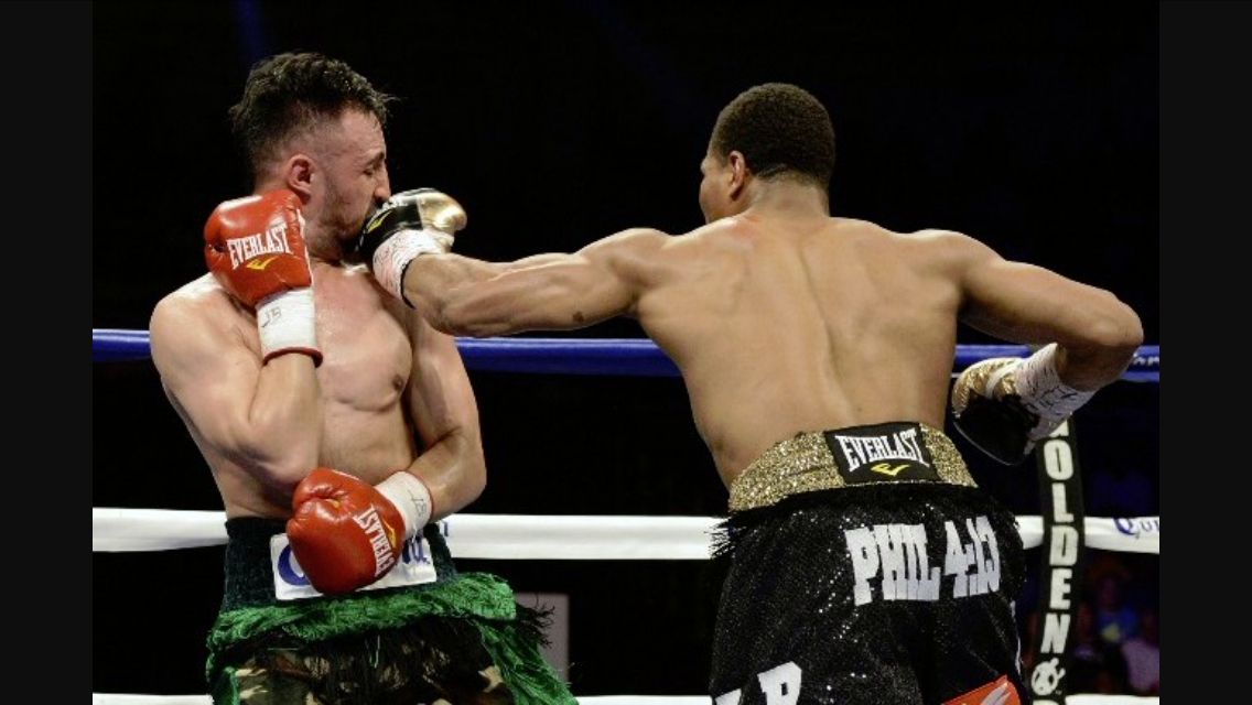 Shawn Porter lands a left hand in his demolition of Paulie Malignaggi. This has been Porter's best performance to date. Photo: Naoki Fukuda/RingTV