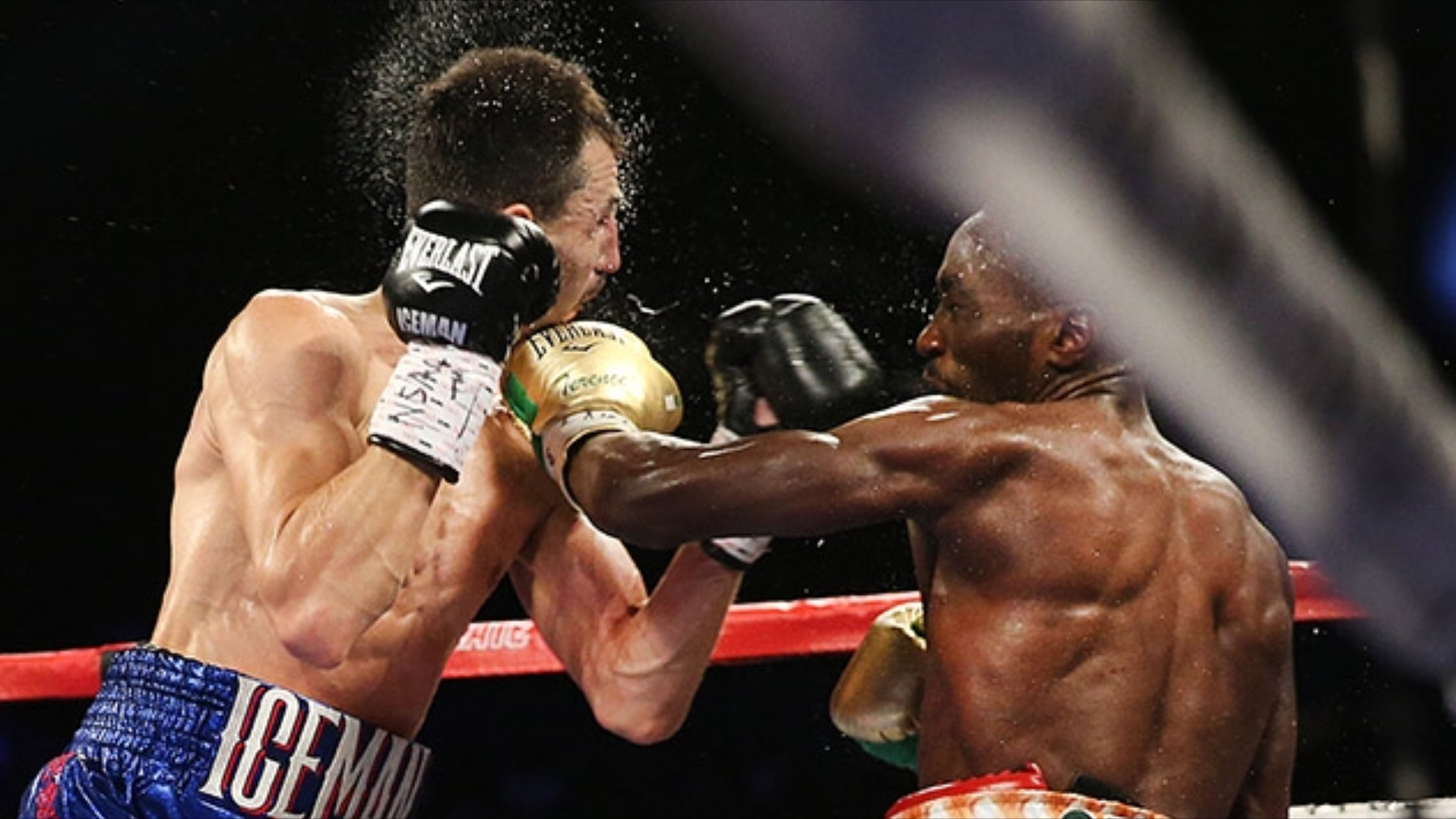 Crawford lands a counter left hand on Viktor Postol. Photo: Mikey Williams/Top Rank