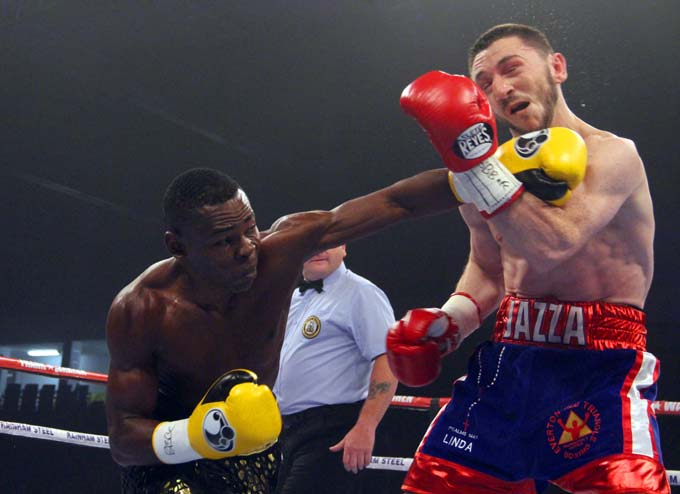 Rigondeaux lands a left hand that breaks Jazza Dickens jaw in Rigondeaux's last fight. Photo: Sumio Yamada