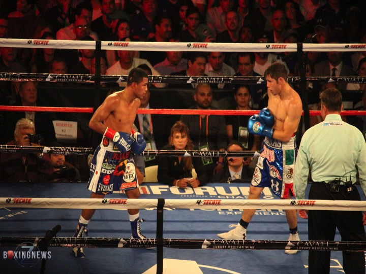 "Roman ""Chocolatito"" Gonzalez and Carlos ""Prince"" Cuadras prepare to battle. Photo: Harvey Feliciano - Z-BoxingNews/Frontproofmedia.com"