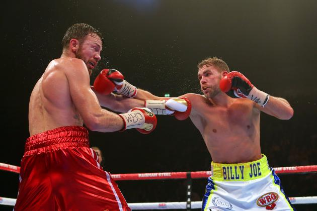 Billy Joe Saunders lands a jab on Andy Lee in winning the WBO middleweight title. Photo: Dave Thompson/Getty Images